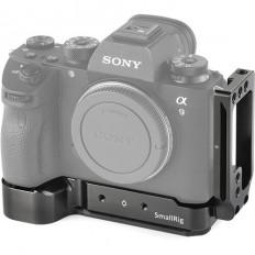 SmallRig L-Bracket for Sony Alpha a7 III, a7R III, and a9 Digital Cameras